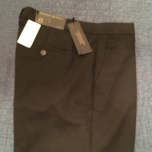 Banana Republic Logan Tailored Trouser